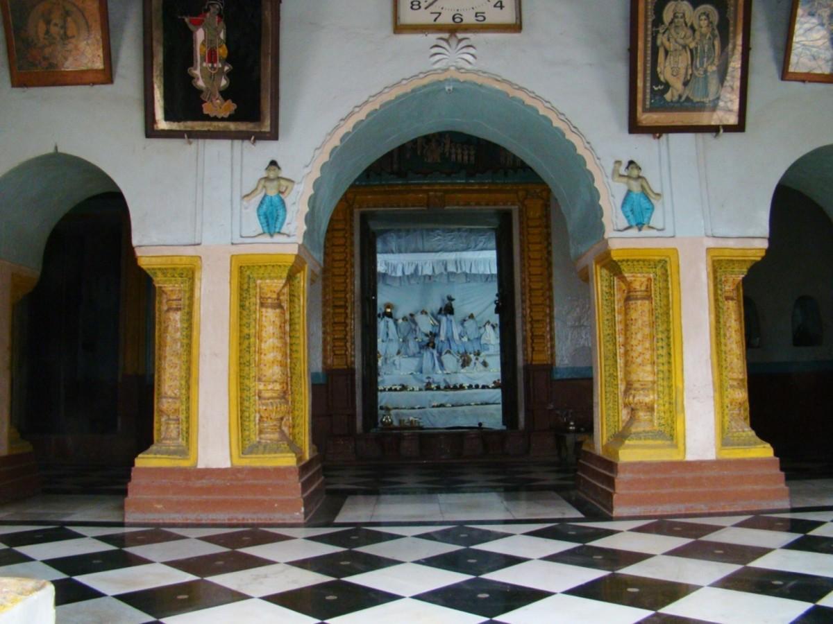 The sanctum sanctorum of Mohanta Asthal temple, Ukhra