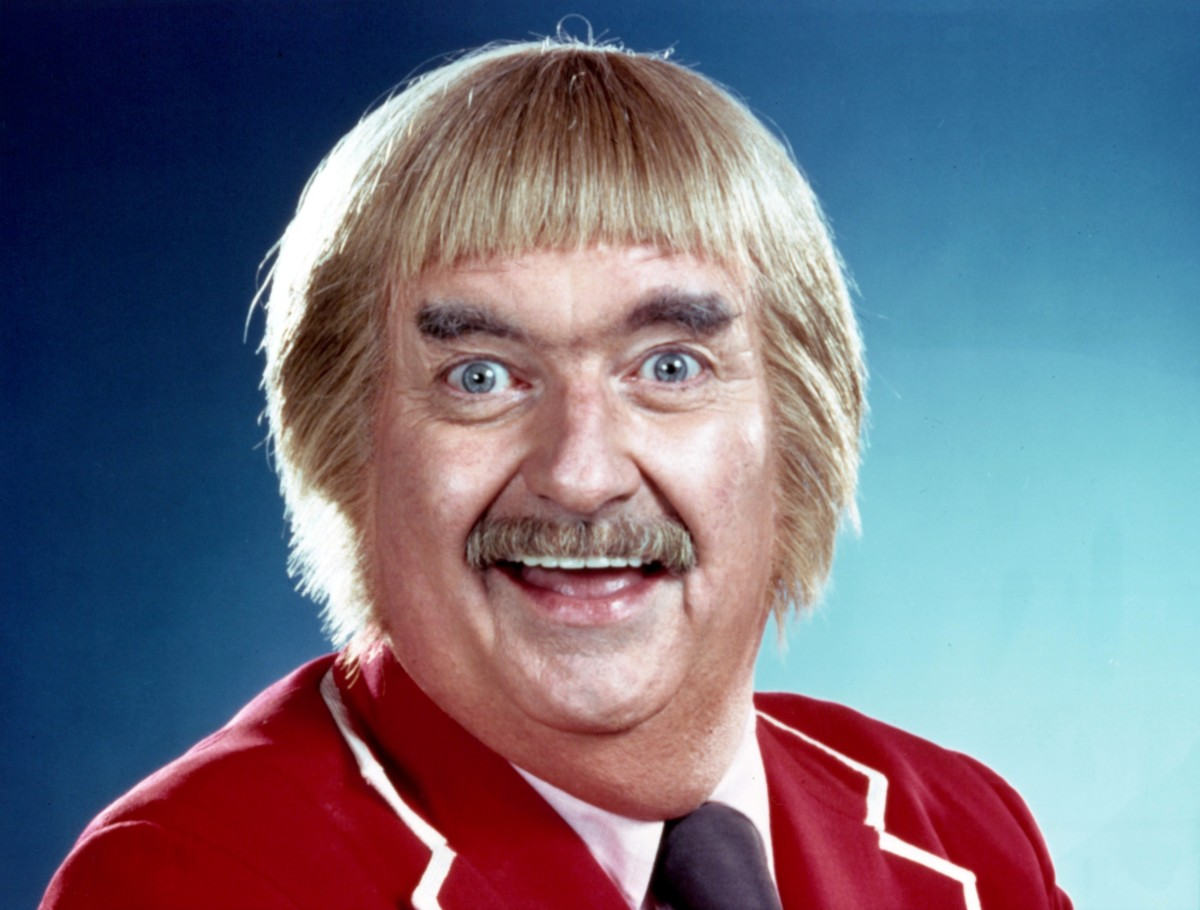 """Bob Keeshan played as """"Captain Kangaroo,"""" on CBS for years. Cosmo Allegriti was his puppeteer who worked Mr. Moos, Dancing Bear, Bunny Rabbit and Grandfahter Clock."""