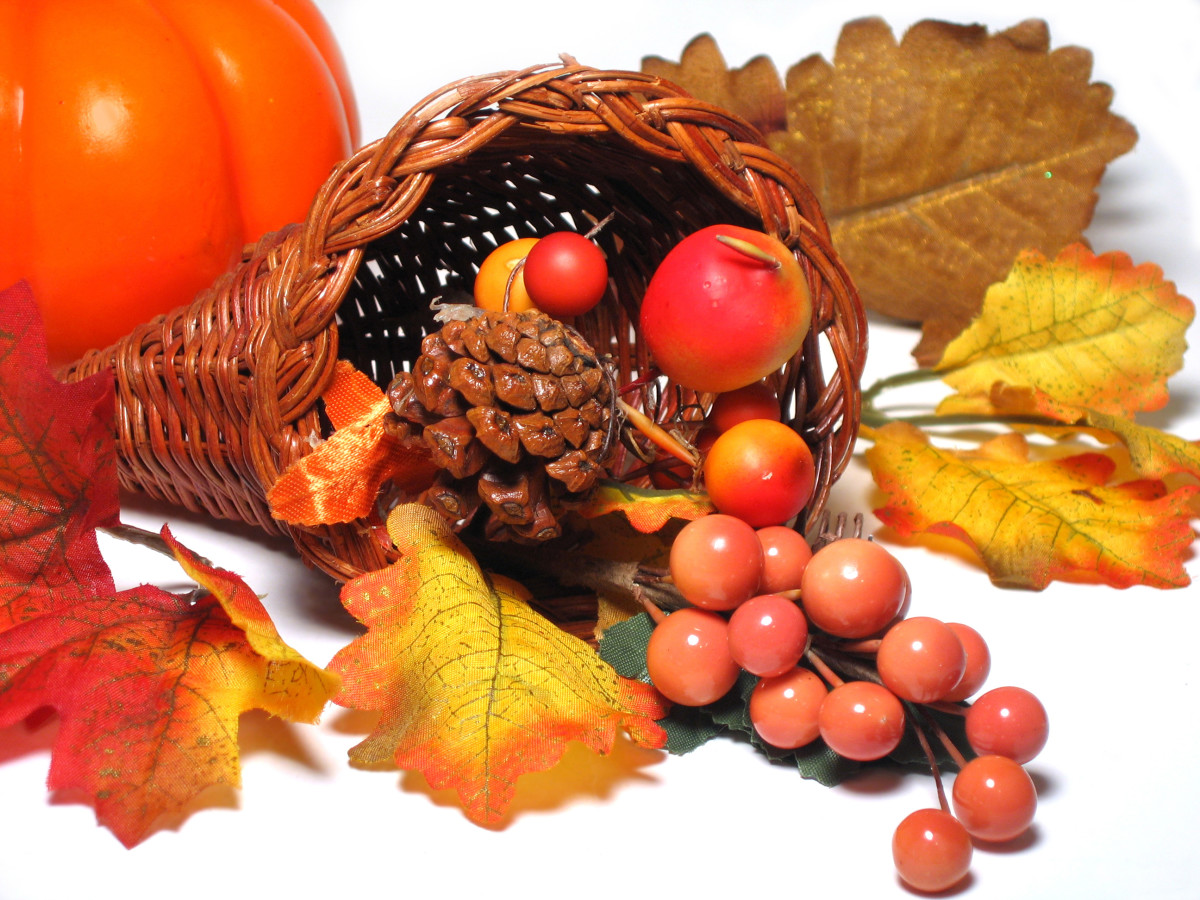 Easy Thanksgiving Table Centerpieces, with Photos