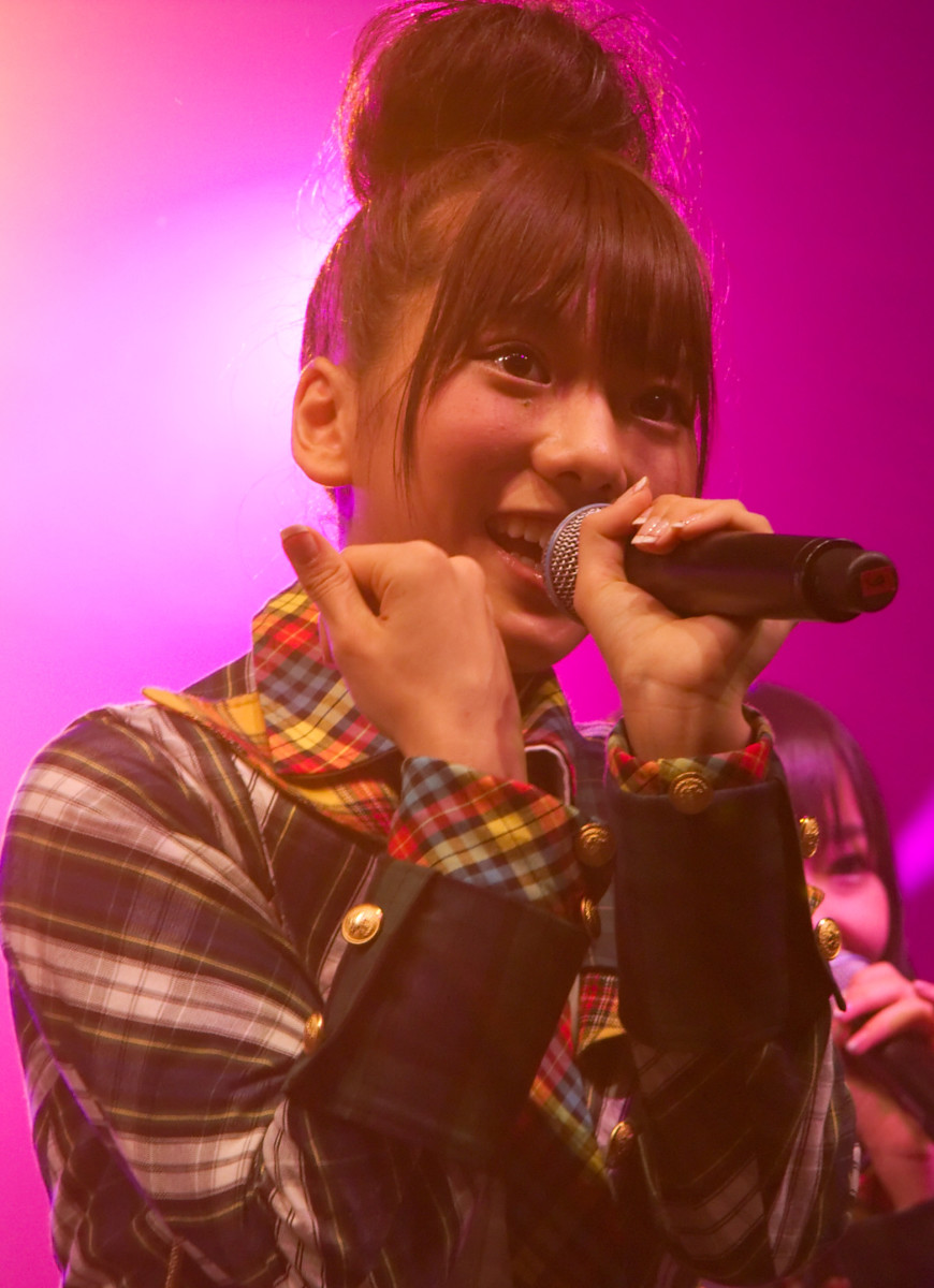 Aki Takajo is seen here singing LIVE on stage at the 2009 Japan Expo event in Paris, France.