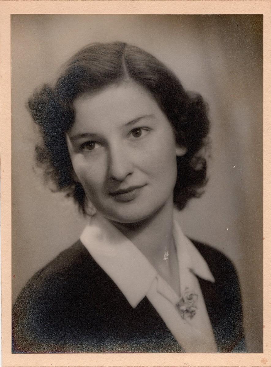 Mary Stone 16/11/1930 - 20/05/2013 RIP