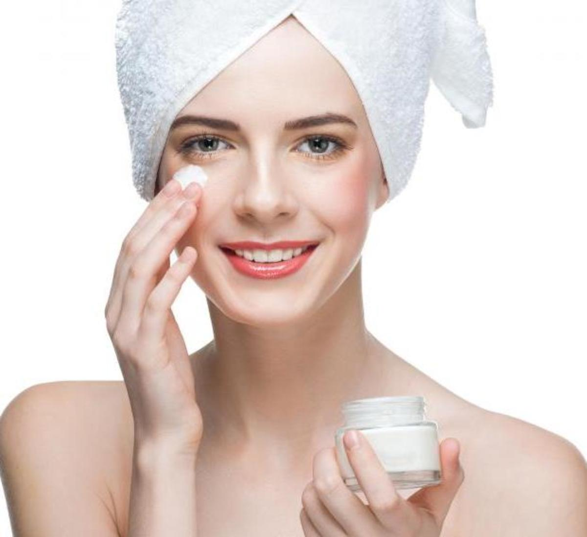 The Best Types of Moisturizer for Oily, Acne Prone Skin