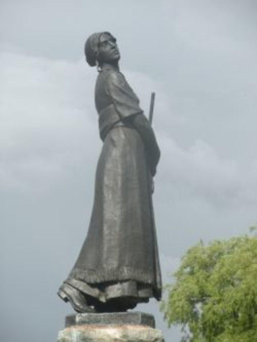 Evangeline Statue Nova Scotia