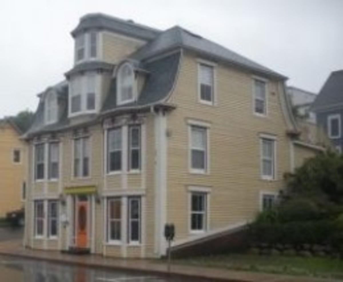 House in Lunenberg Nova Scotia