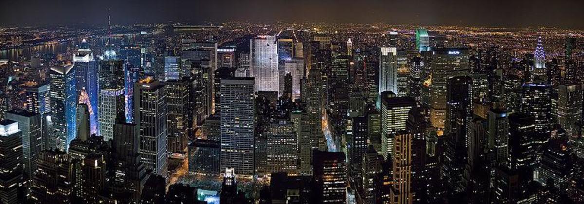 New York Midtown Manhattan - Image Credit: DAVID ILIFF  Wikipedia Commons