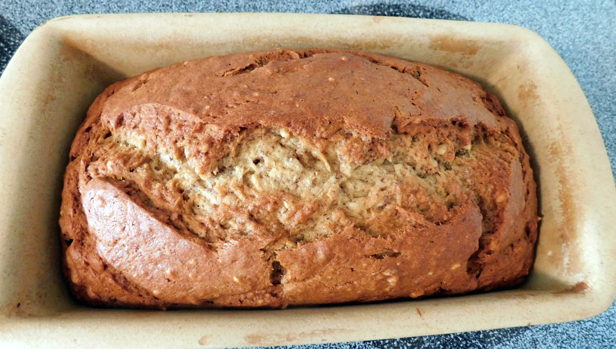 How to Make the Best Banana Bread Ever!