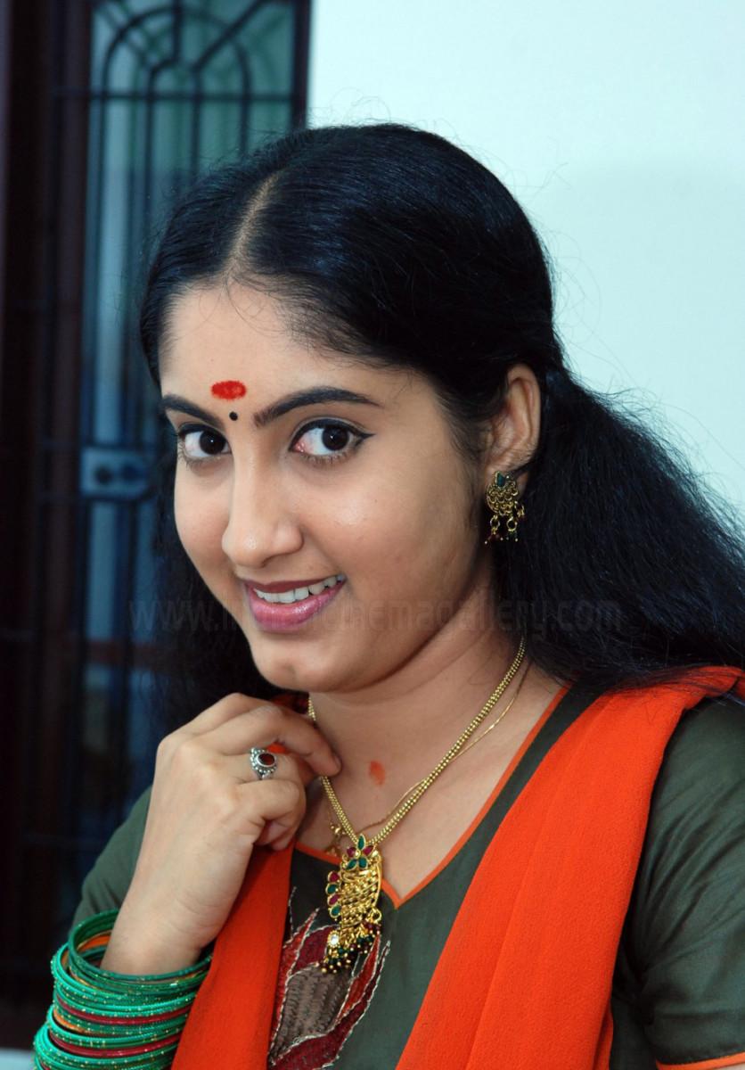 Actress Big Kundi Mula