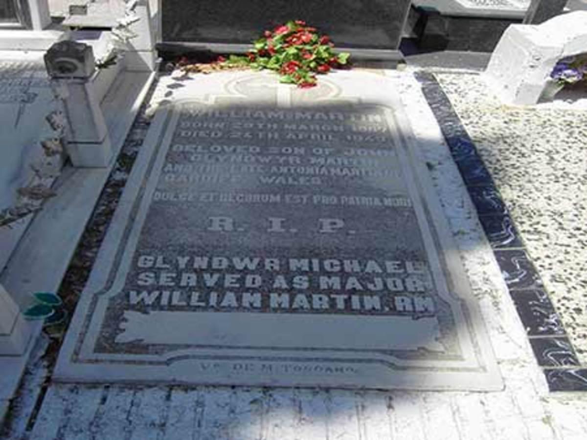 The grave of Glyndwr Michael in Huelva, Spain.