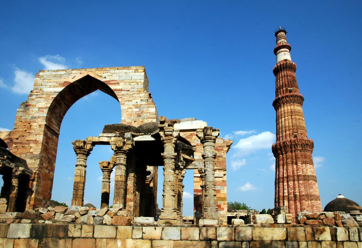 Delhi Qutab Minar Tower Of Victory, Places to visit in Delhi