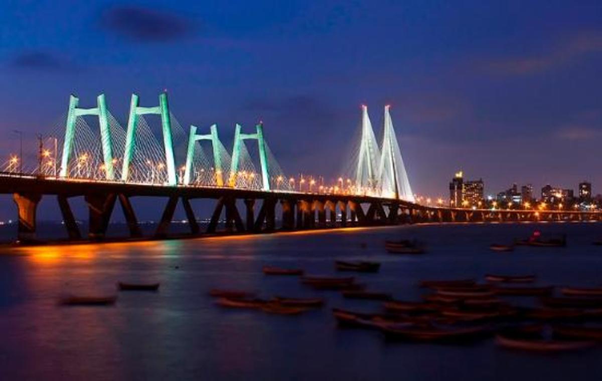 Mumbai sea link, Bandra Worli Sea Link at night