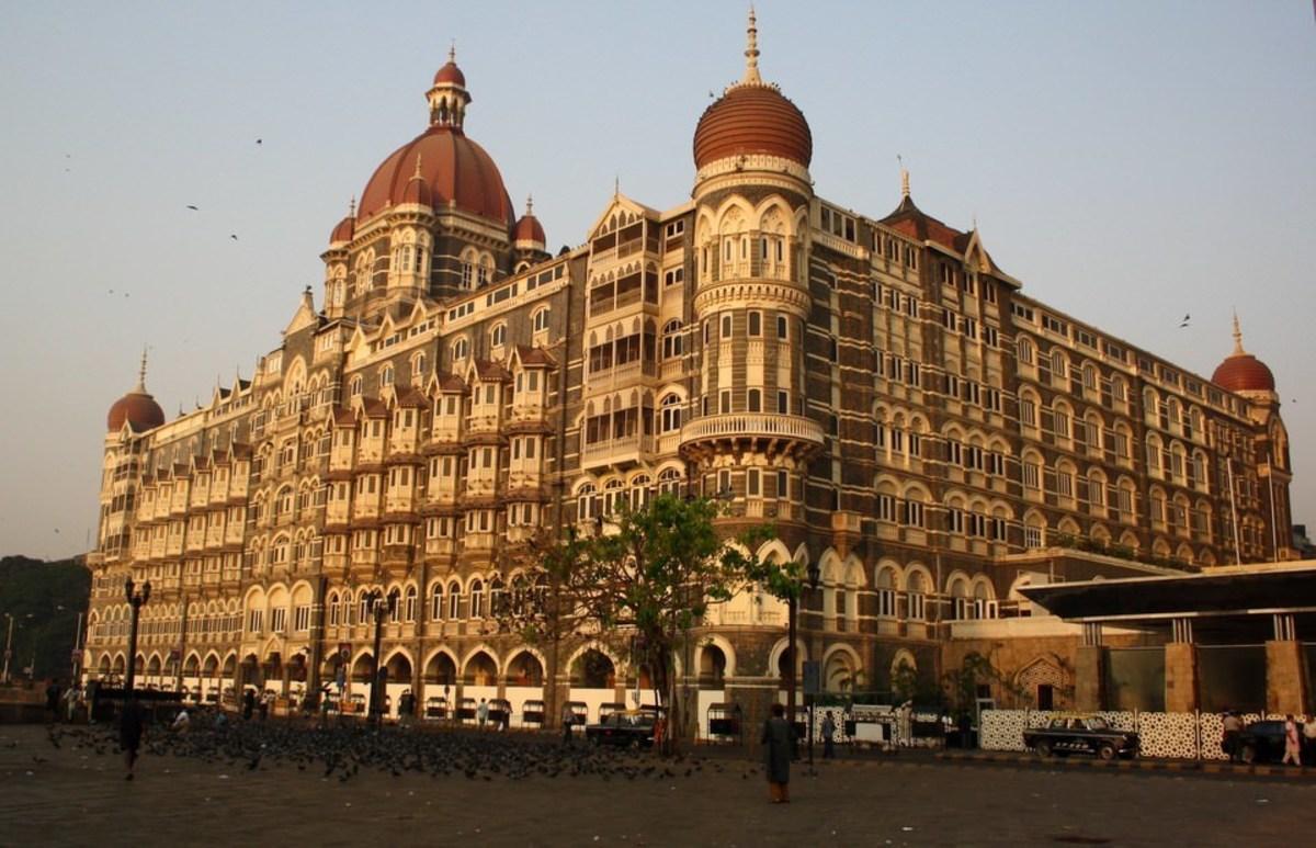 Mumbai tourist Destinations,  Hotel Taj Mumbai