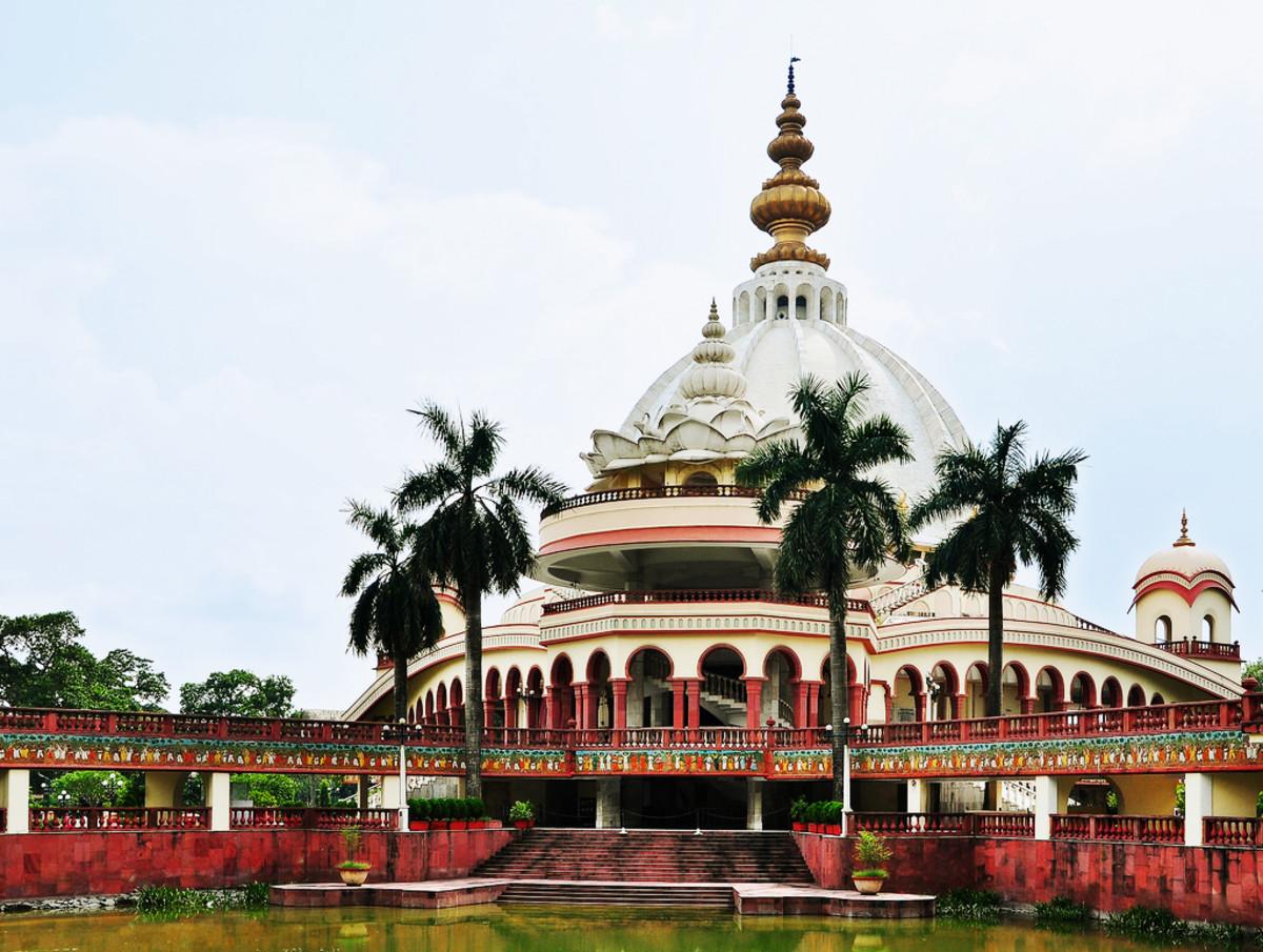 Sri Mayapur Chandrodaya ISKCON Temple of Kolkata