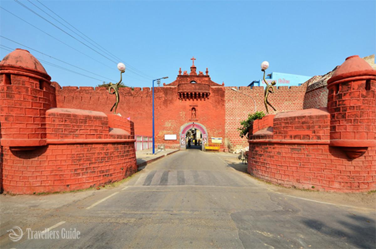 Zampa Gateway of Daman And Diu