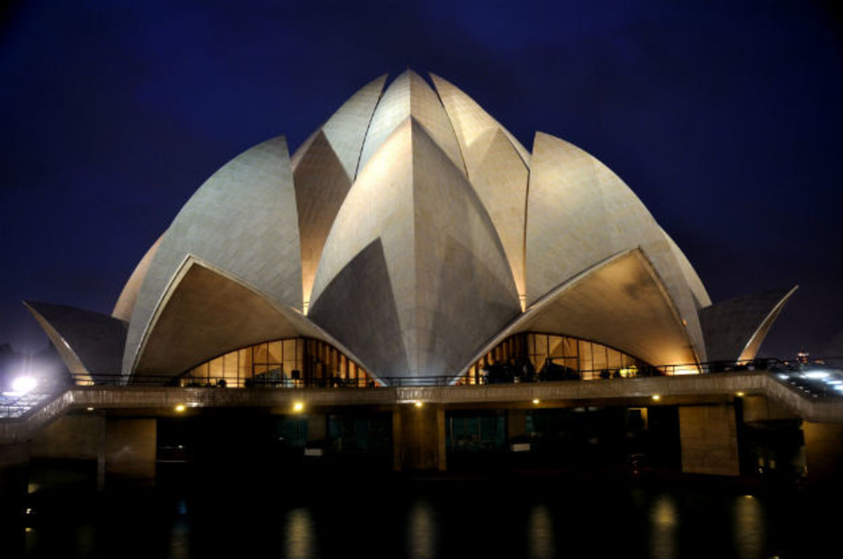 Lotus Temple, Places to visit in Delhi