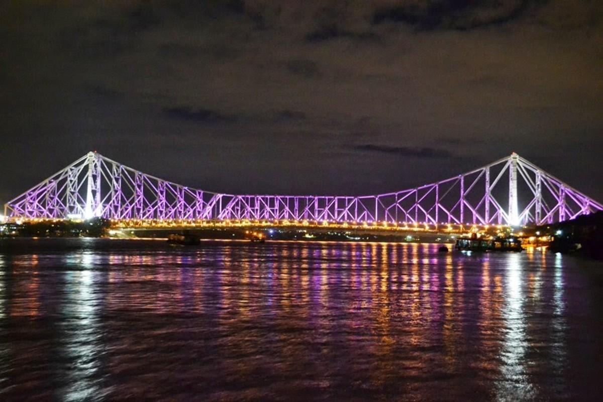Hawra Bridge, Kolkata