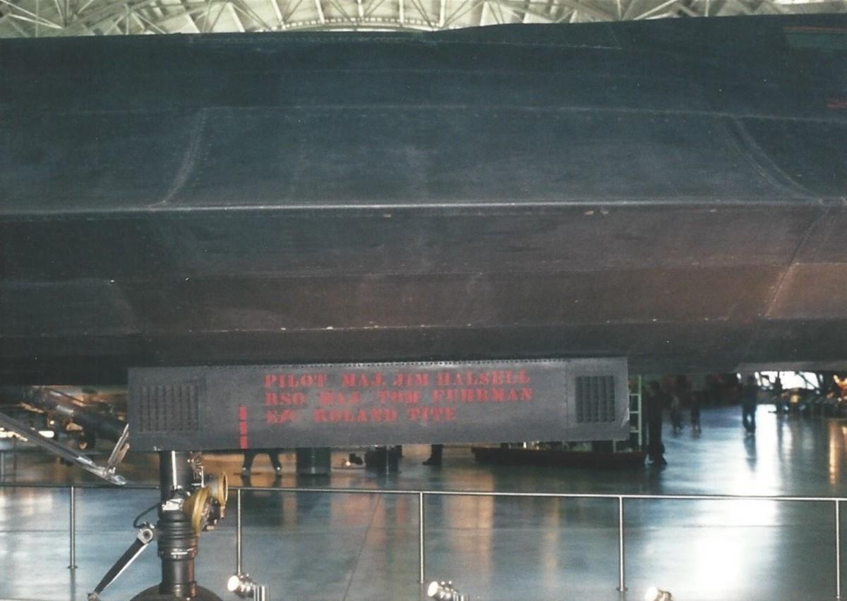 The SR-71's nosewheel door at the Udvar-Hazy Center.