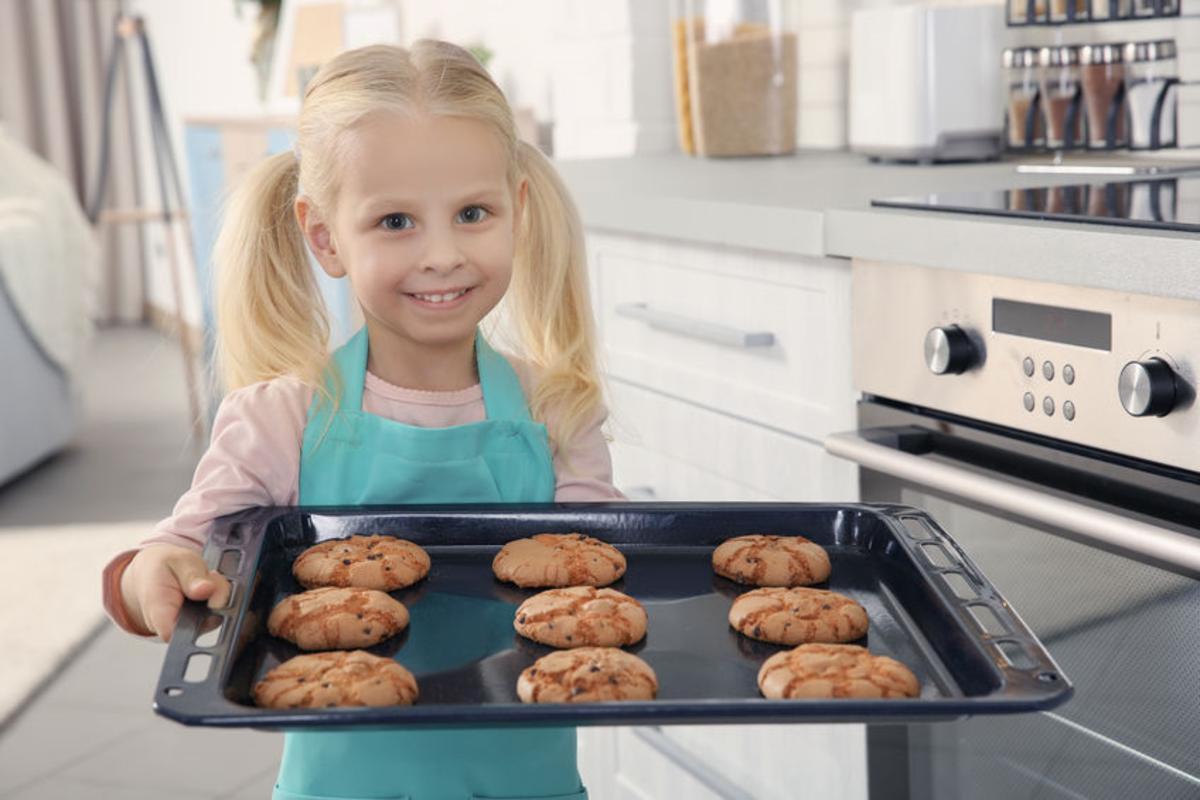 Fresh from the oven: Scout cookies