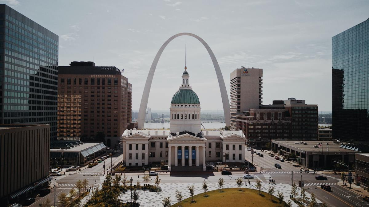 St. Louis is the perfect starting point for a number of amazing day trips. Here are my favorites!