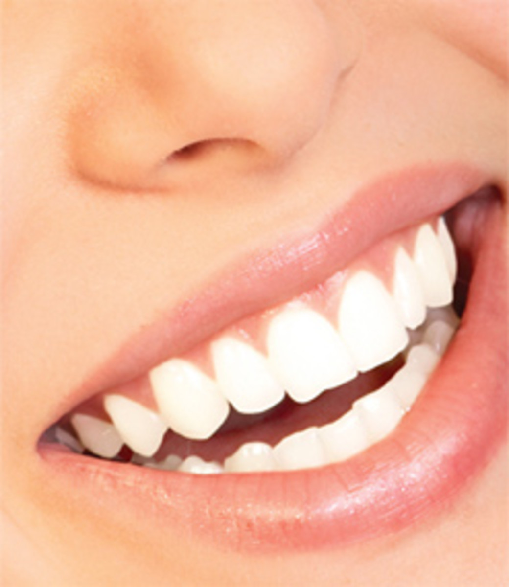 Teeth Whitening Made Easy And Naturally