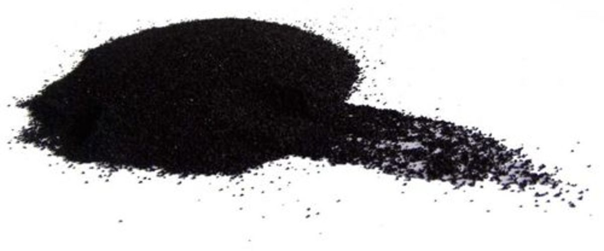 Activated Charcoal Is One Of The Best Things Ever To Get Your Teeth Super White
