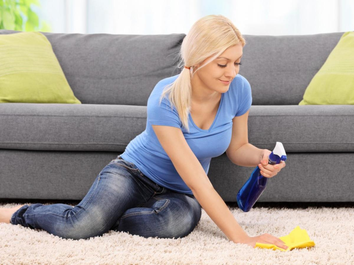 Here's how to scrub the carpet without employing a cleaner, from pet spills to spilled juice.