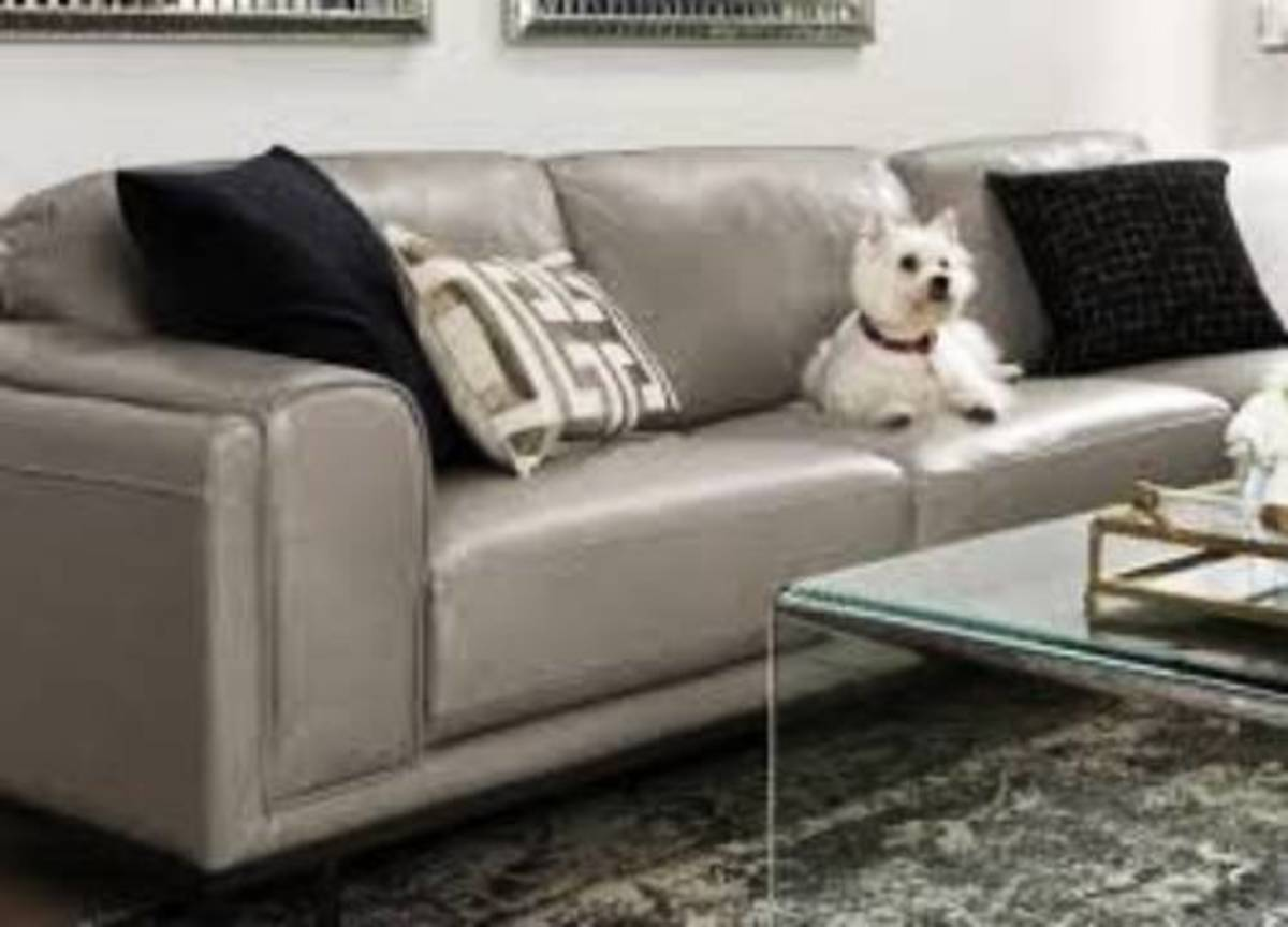 With these easy leather sofa cleaning tips, you will keep your sofa's quality and elegance for years to come.