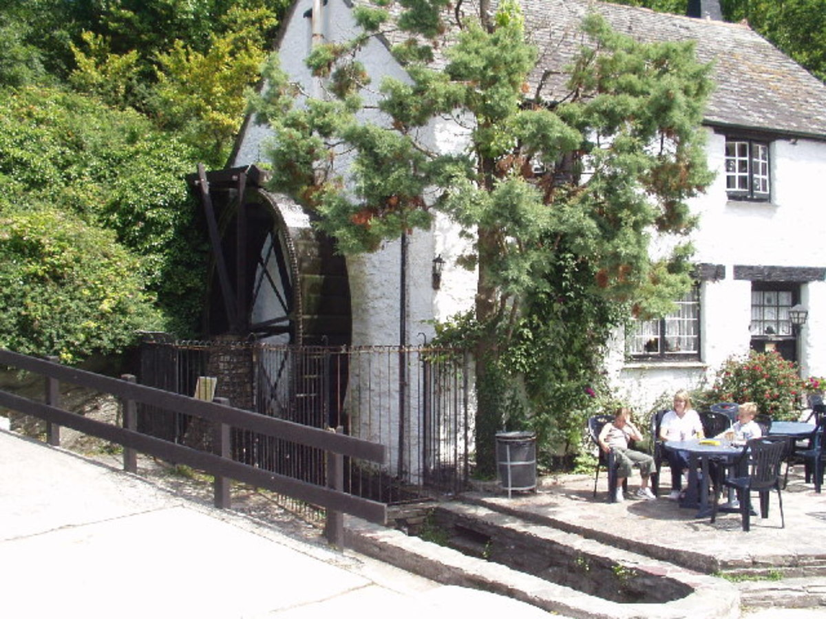 Places to See in Cornwall: Crumplehorn Inn and Mill, Polperro, Cornwall