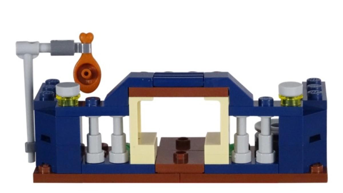 LEGO Jurassic World Polybag Set 30382 Baby Velociraptor Playpen Back of Model