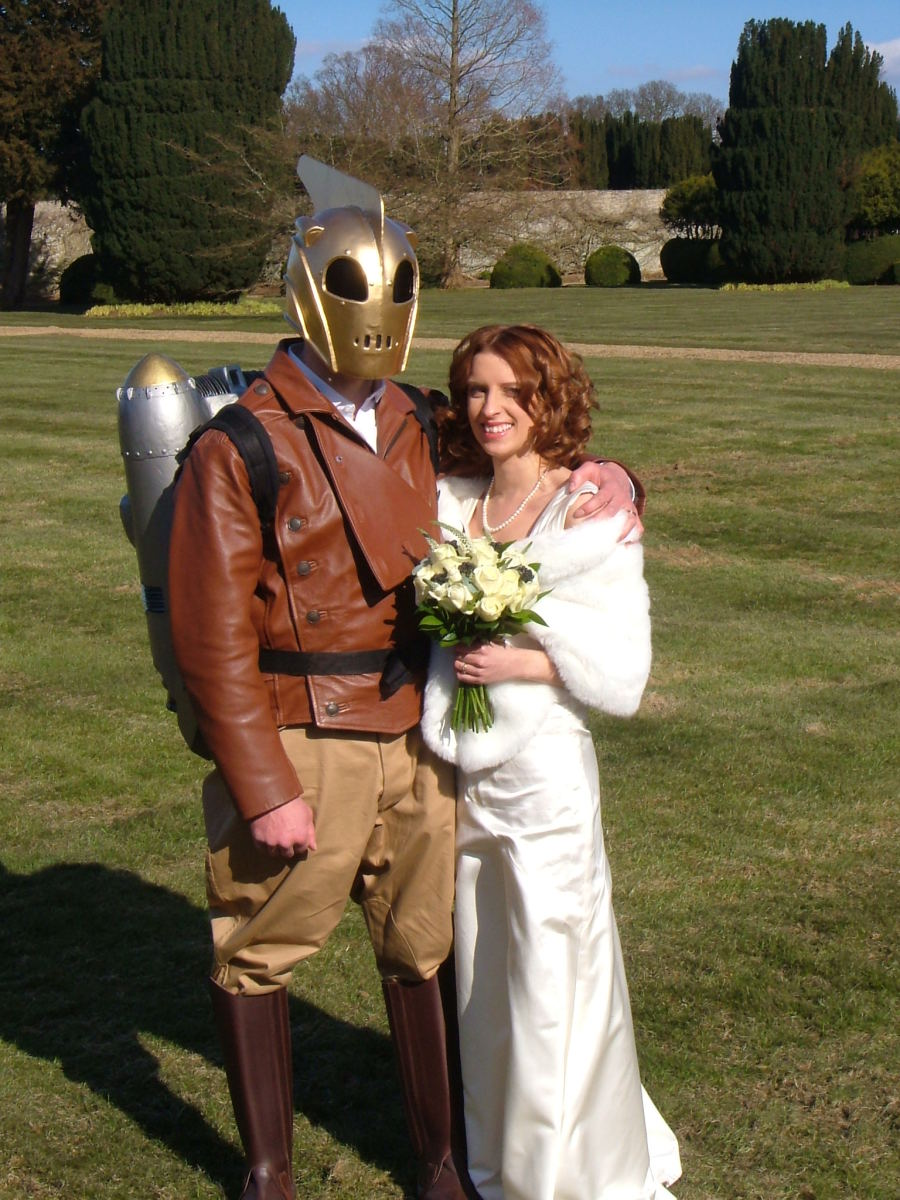 Rocketeer wedding, the dress and the jetpack
