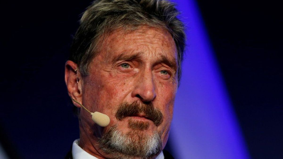 john-mcafee-accused-of-extortion-over-digital-money