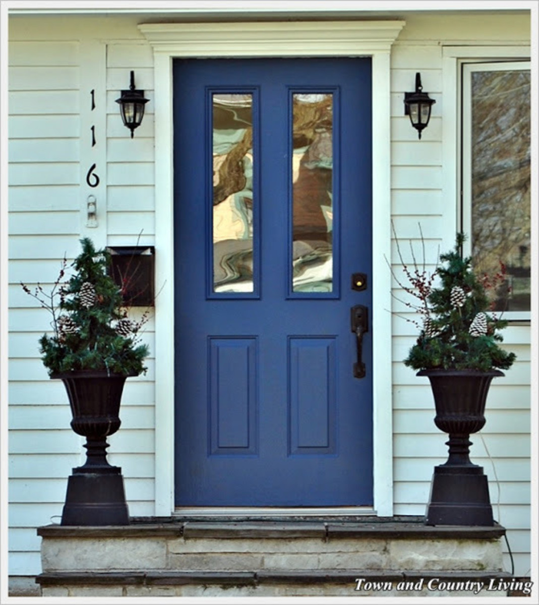 Indigo is much casual. A lot of people have Federal Blue or Williamsburg Blue doors. Indigo Blue is something in between the two, closer to Navy, but not nearly as deep and rich.