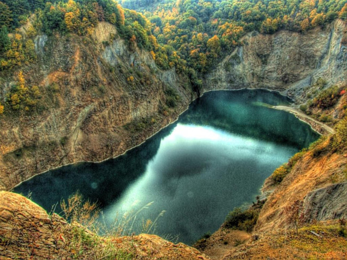 Ledinacko Lake, Fruska Gora.