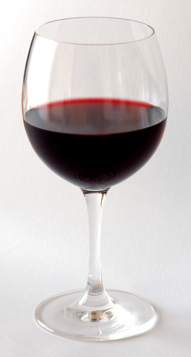Facts About Red Wine and the Health Benefits of Red Wine