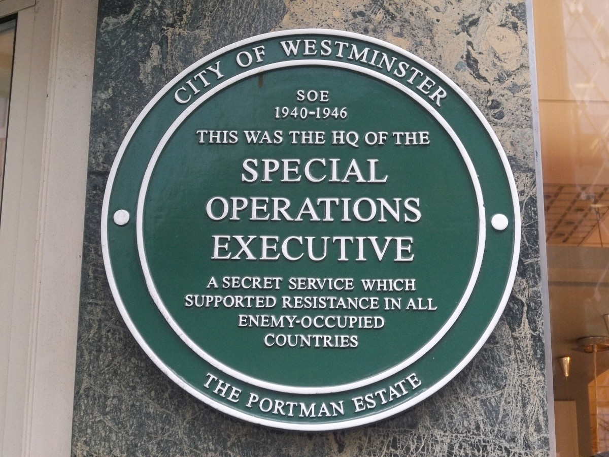 SOE plaque outside of the organization's headquarters in Marylebone, London, England. Photograph by Jamie Barras.