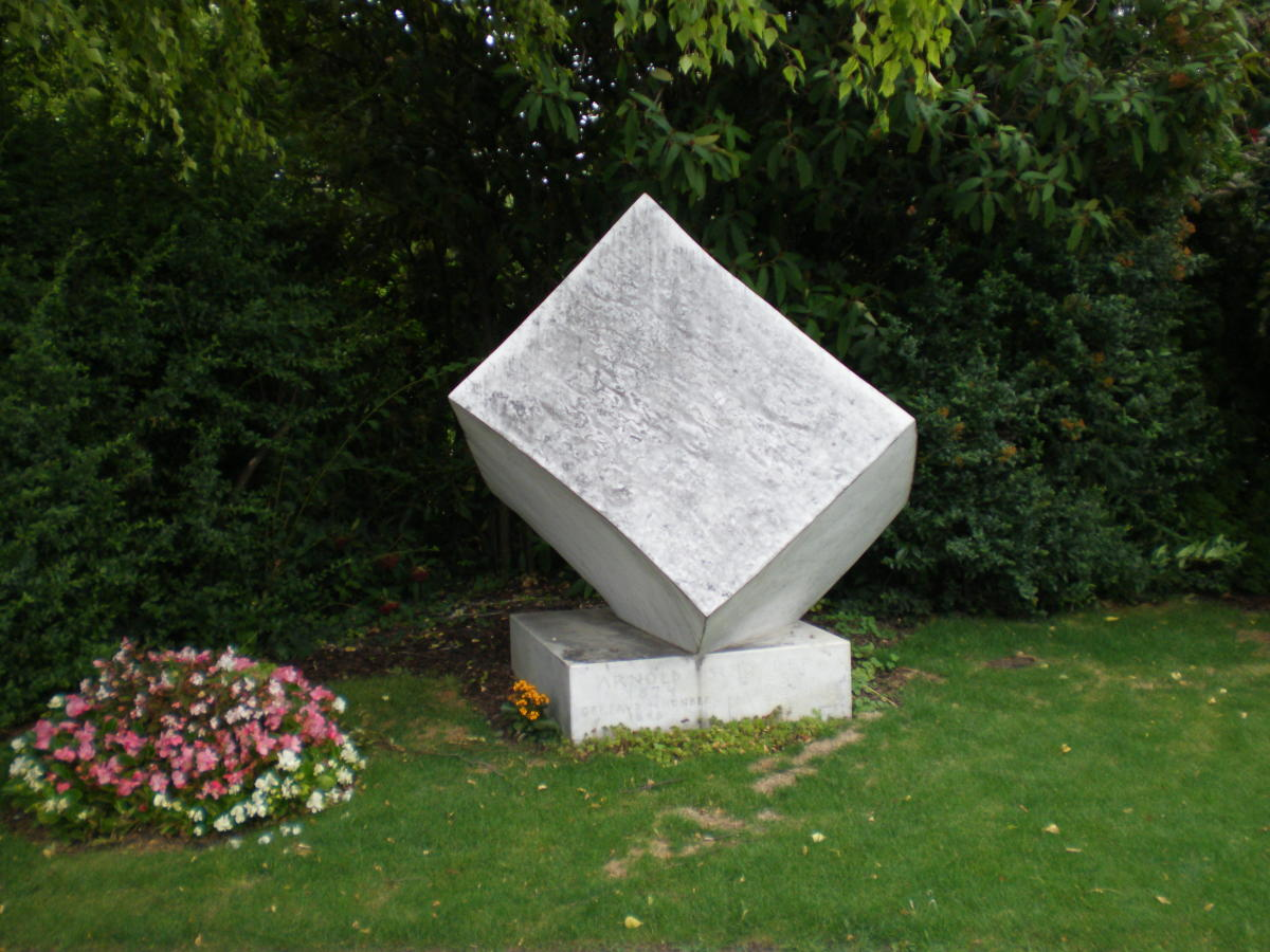 Arnold Schoenberg's grave.