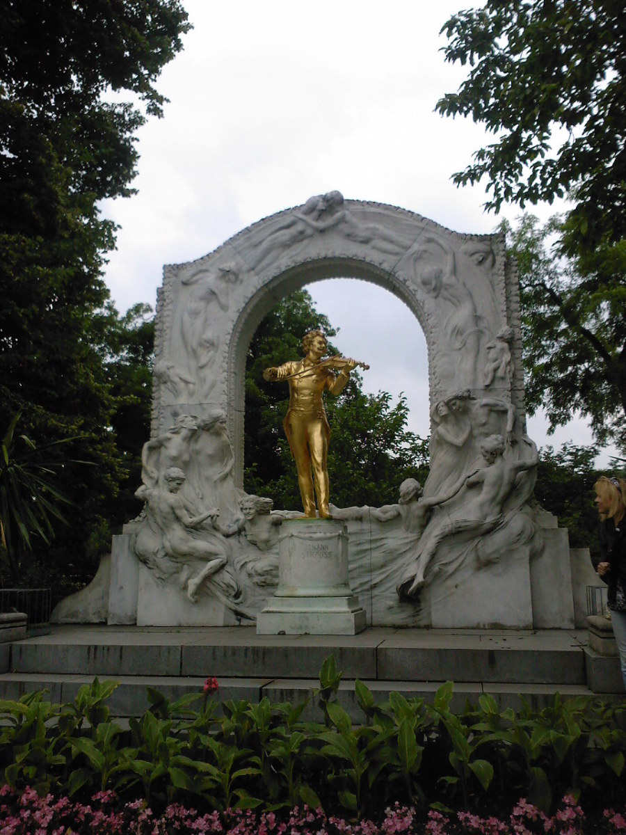 "The famous statue of the ""Waltz King"" in City Park."
