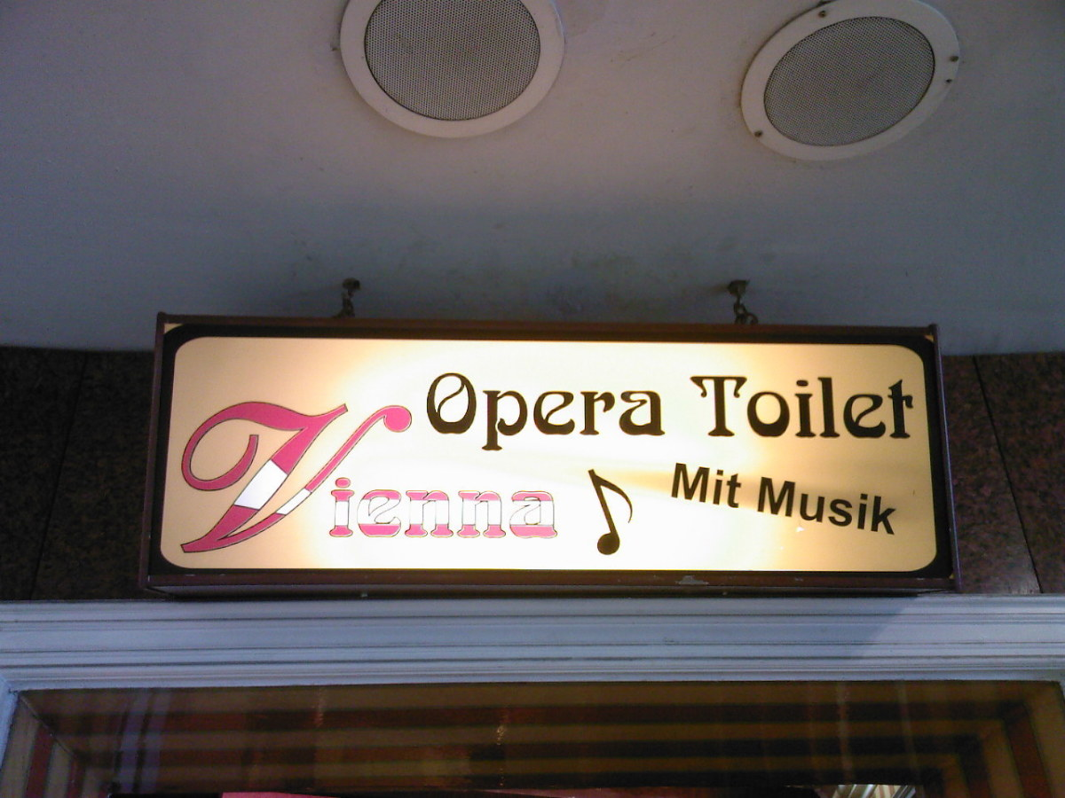 "To show that I'm not making up the ""Opera Toilet""."