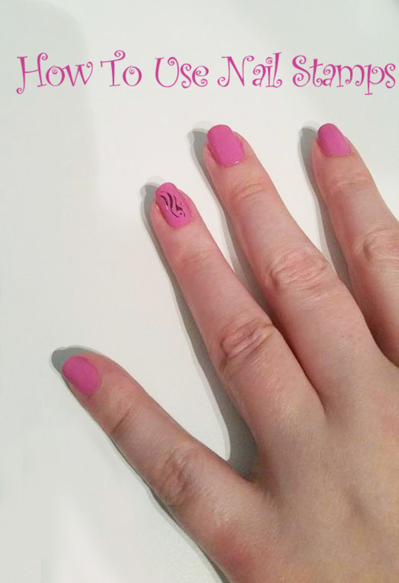 how-to-use-nail-stamps
