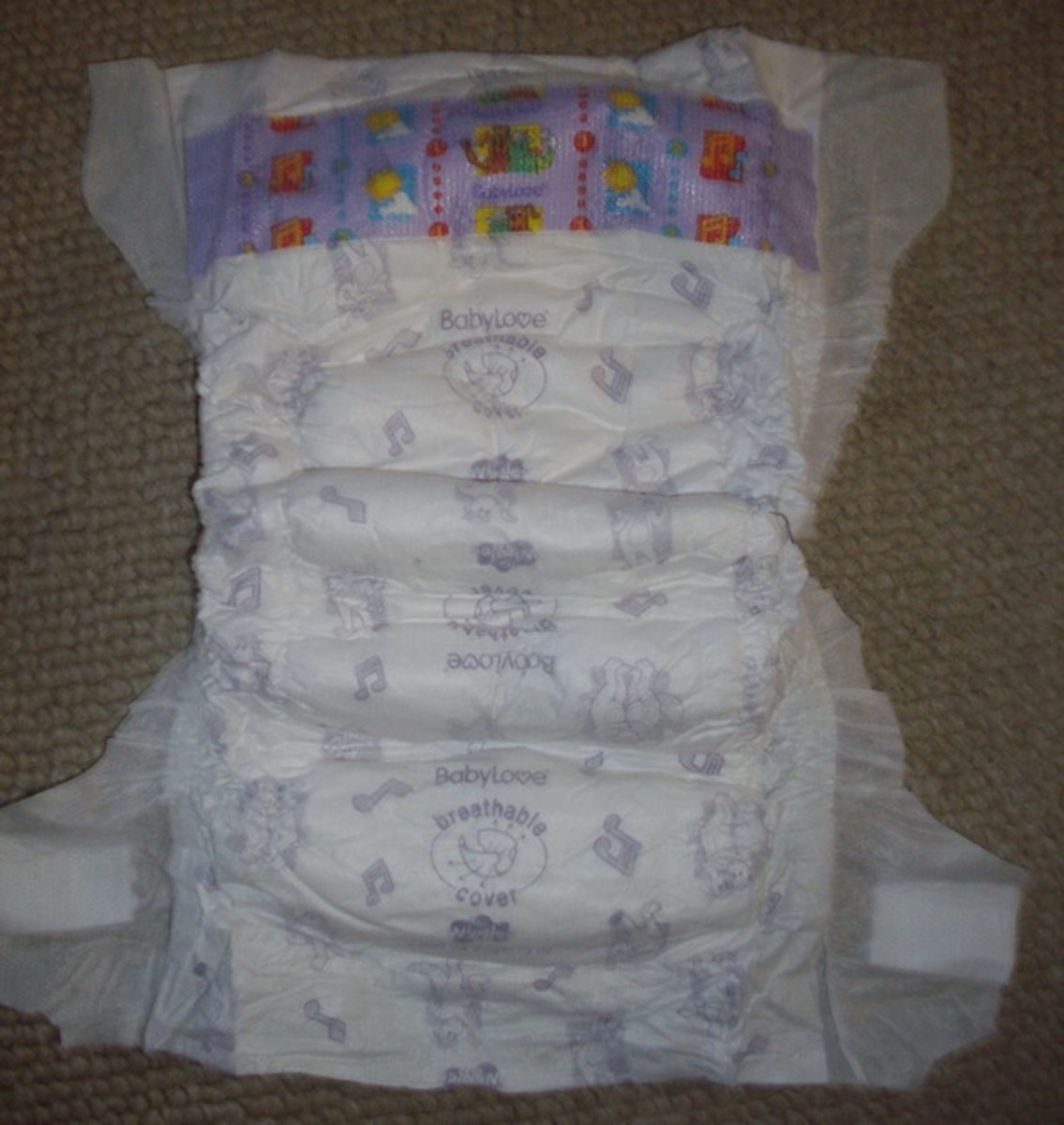 BABYLOVE INFANT NAPPIES PHOTOS AND REVIEW