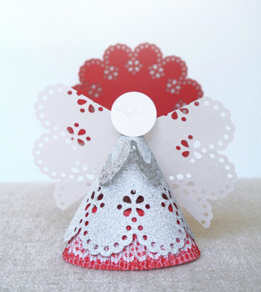 Adorable angel using a circle edge punch