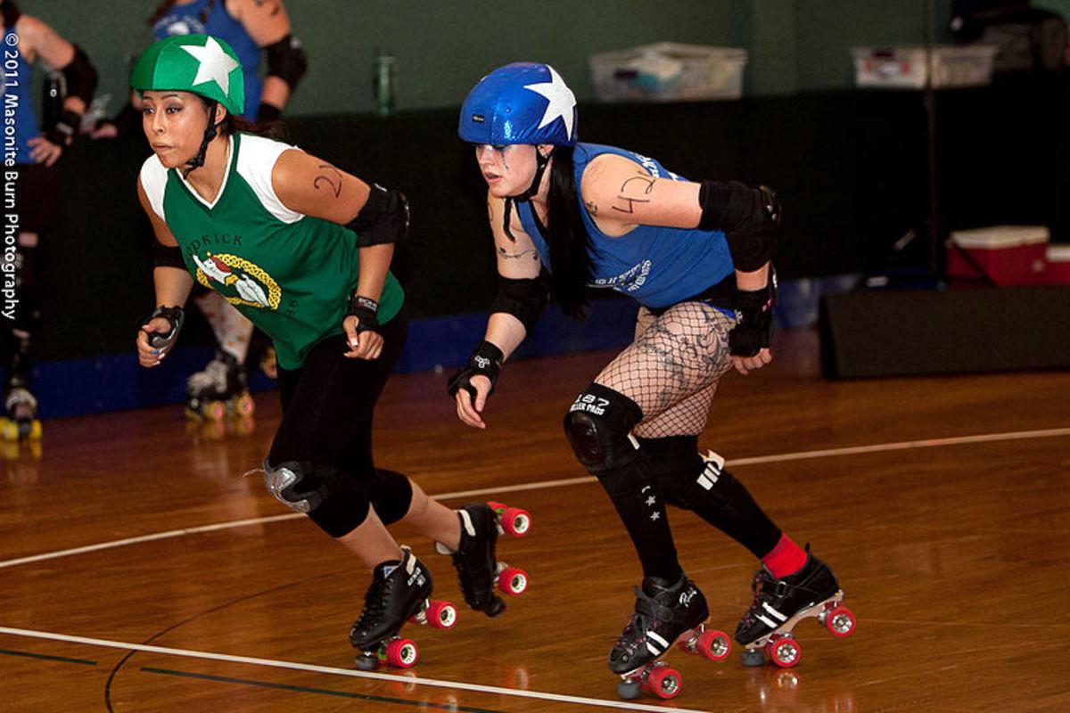 derby-girls-whip-it