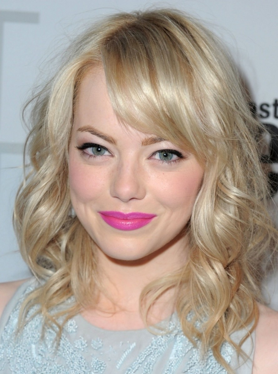 Celebrities with Light Ash Blonde Hair Color