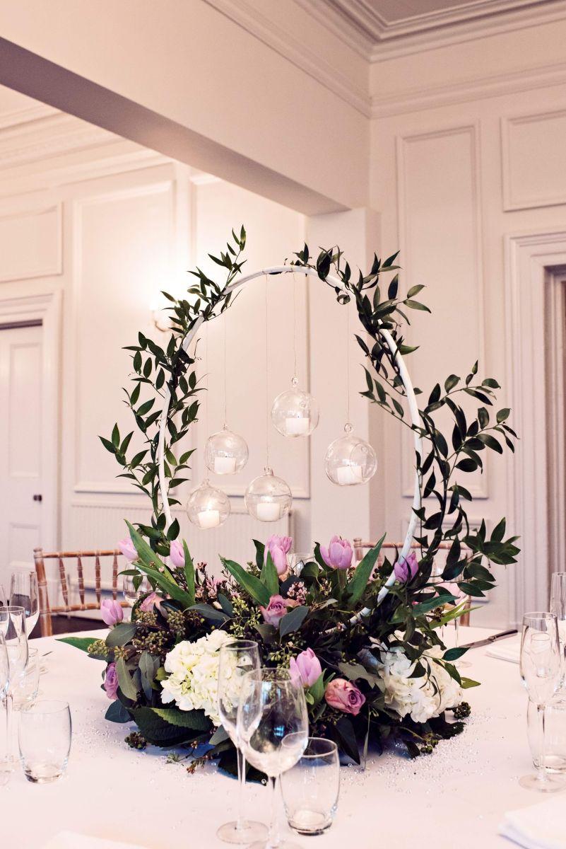 floral-hoop-wedding-centerpieces