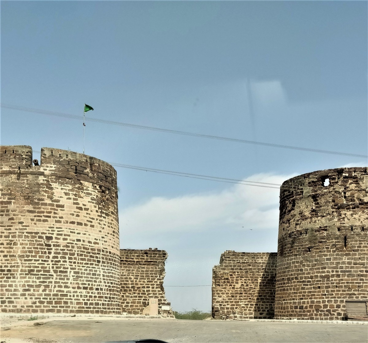 The high stone wall surrounding Lakhpat town