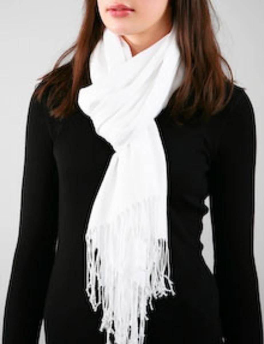 Fashion idea - white pashmina