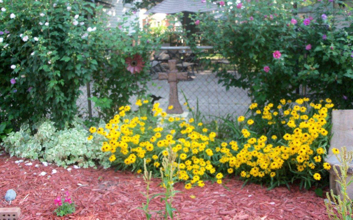 cross in the garden