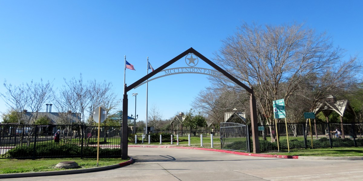 Entrance to McClendon Park in Houston