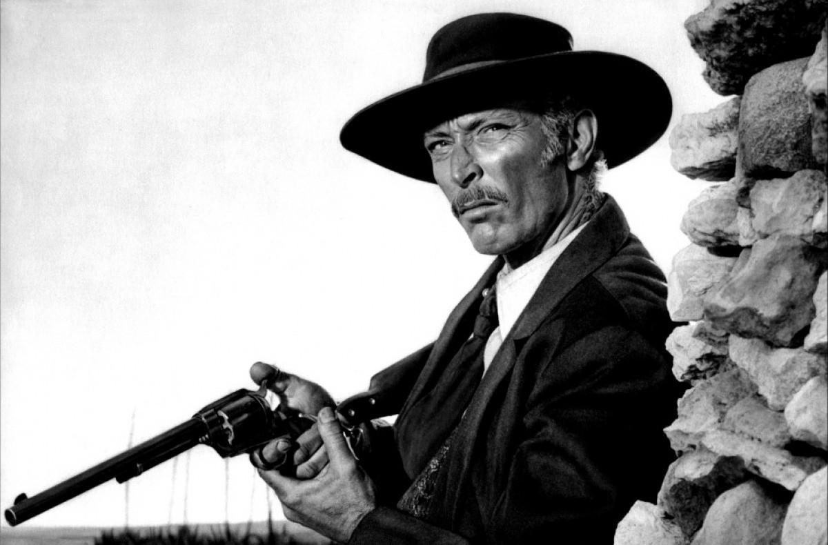 a-star-not-so-big-but-i-loved-him-lee-van-clef-the-eternal-gun-slinger
