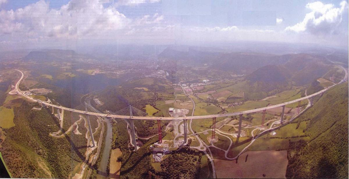 Bridge spans valley of the Tarn River.