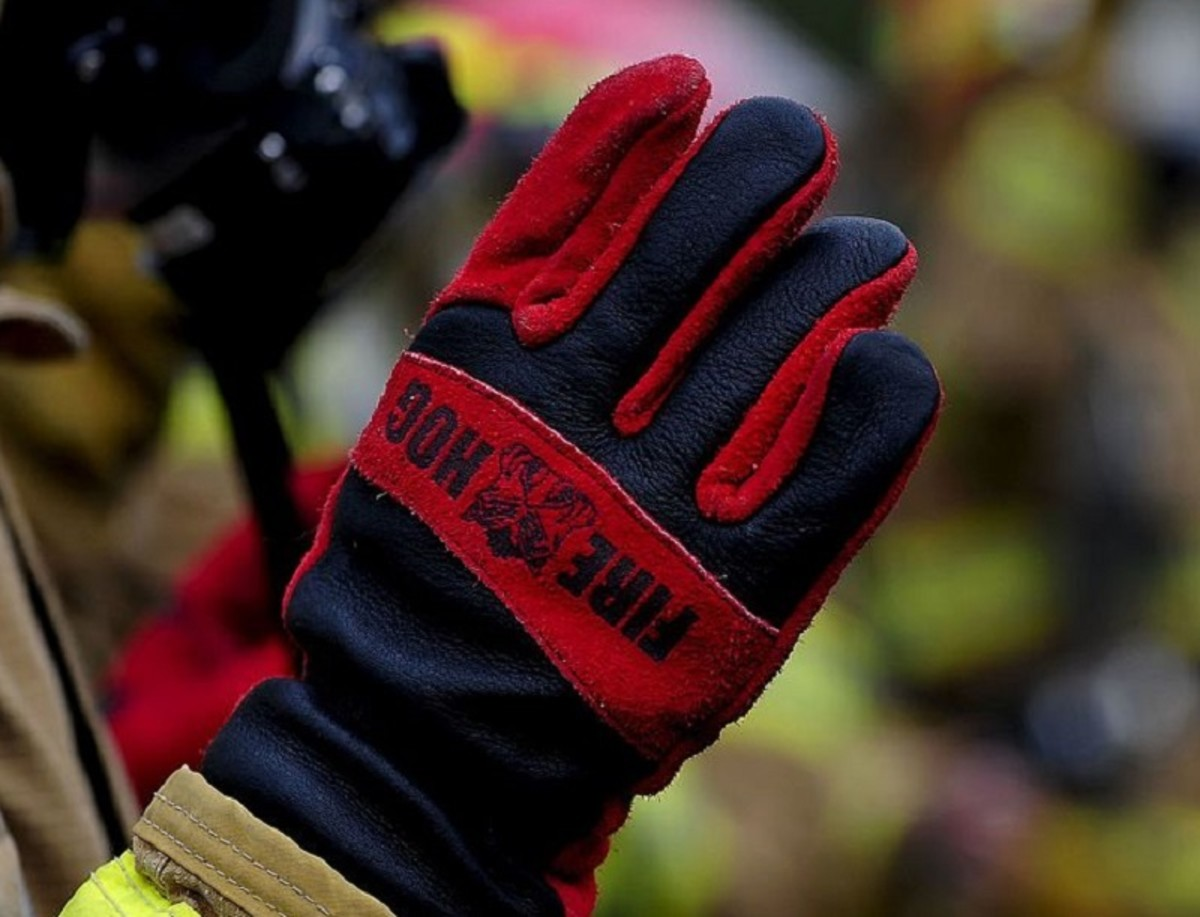 Leather gloves like these are fireproof and heat resistant. They protect your hands and forearms from burns.